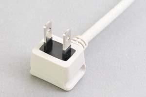 【耐トラッキング対策】 電源ケーブル(片側 耐トラッキング対策 2Pアングルプラグ/片側切り落とし、ライトグレー色)<7A-125V>
