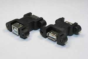 パネルマウント型 USB中継アダプタ