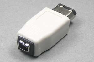 IEEE1394変換アダプタ 6ピン(オス)-4ピン(メス) 【在庫限りで販売中止】