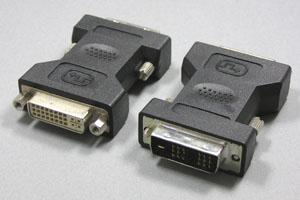 DVI 変換アダプタ DVI-I(24+5pin)メス-DVI-D(18+1pin)オス
