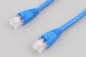 カテゴリ 5E LANケーブル UTP ストレート結線(より線、ブルー)