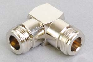 同軸コネクタ用中継アダプタ  N型メス-N型メス(Lアングル形状、インピーダンス50Ω)