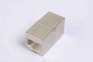 LANアダプタ、10Gbps通信対応、CAT6A ストレート結線 シールドタイプ 筒型