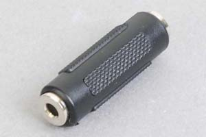 オーディオ用変換アダプタ 3.5mmステレオミニプラグ(メス)⇔3.5mmステレオミニプラグ(メス)