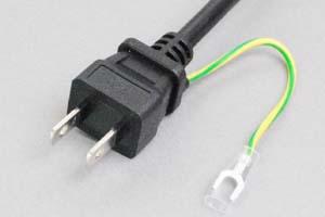 【耐トラッキング対策】 電源ケーブル(片側アース端子付き2Pプラグ/片側切り落とし、丸型電線タイプ)<7A-125V>