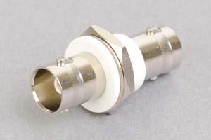 同軸コネクタ用中継アダプタ  両側BNCメス、絶縁型パネル取付タイプ(インピーダンス75Ω)