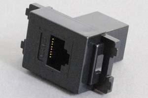 コンセントチップ(スナップインセット品) コンセント側:RJ-45(CAT6 UTP)メス/壁内側:RJ-45(CAT6 UTP)メス 縦型 黒