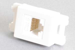 コンセントチップ(スナップインセット品) コンセント側:RJ-45(CAT6 UTP)メス/壁内側:RJ-45(CAT6 UTP)メス 縦型 白
