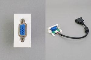45ハーフモジュール(コンセント:VGAメス/内側配線:VGAメス端子ケーブル)