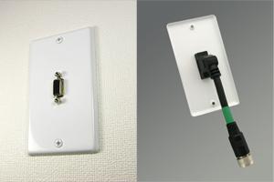 白塗装ステンレスプレート付きAVコンセント(VGA(アナログRGB)用、壁面埋込配線タイプ、接続ケーブル付き)【在庫限り販売中止】