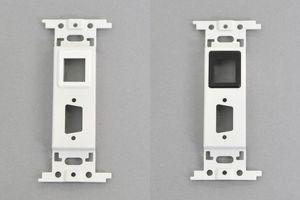 取付枠一体型 コンセントモジュール 【ブランク板】 D-subコネクタ取付穴 と スナップインコネクタ取付穴 各1口付き