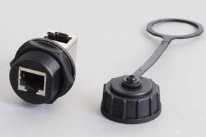 LAN(CAT5E)中継アダプタ 【防塵・防水パネルマウント、IP66対応】 シールド(STP)タイプ Lアングル型 先端キャップ付き