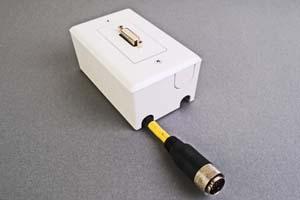 映像・音声用 露出配線ボックス(DVI-D(シングルリンク)用、接続ケーブル付き) 【在庫限り販売中止】