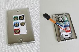 無塗装ステンレスプレート付きAVコンセント(BNC端子×5、壁面埋込配線タイプ、接続ケーブル付き)【在庫限り販売中止】