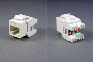 スナップイン中継コネクタ RJ-45メス(圧接部Lアングルタイプ、LAN配線用、CAT6対応) 【在庫限り販売中止】