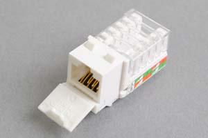 スナップイン中継コネクタ、RJ-45メス、防塵カバー付き、ストレート方向圧接接続タイプ(LAN配線用、CAT6対応)