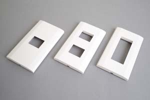 取付枠内蔵型フェースプレート(角型、白)