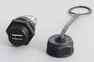 USB2.0中継アダプタ 【防塵・防水パネルマウント、IP66対応】 両側Aメスコネクタ 筒型 先端キャップ付き