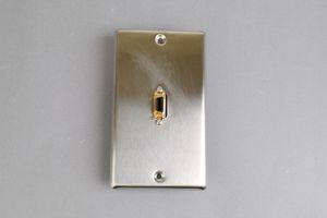 中継AVコンセント(無塗装銀色ステンレスプレート型、D端子コンポーネント映像用、壁面埋込タイプ) 【在庫限り販売中止】